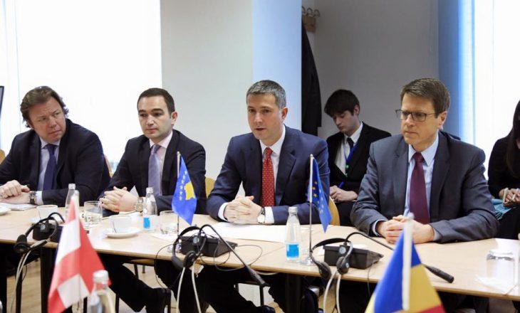 Çollaku informon ambasadorët rreth kritereve të mbetura për viza