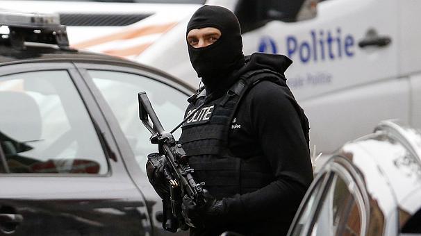 Policia e Belgjikës arreston 10 persona të dyshuar për terrorizëm