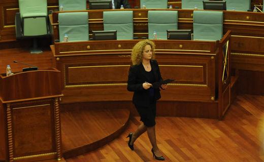 Donika Kadaj-Bujupi kalon në VV për hir të parimeve