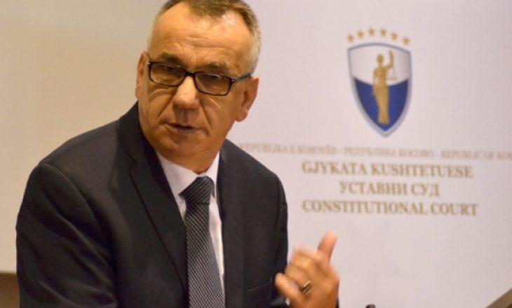 Masat e reja – Hasani: Vendimi i Ministrisë së Shëndetësisë kundërkushtetues dhe uzurpim i pushtetit