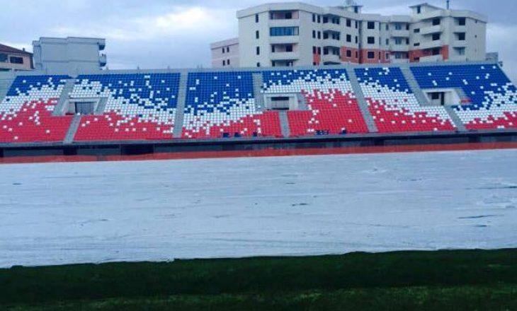 Stadiumi në Shkodër me ngjyrat e flamurit serb