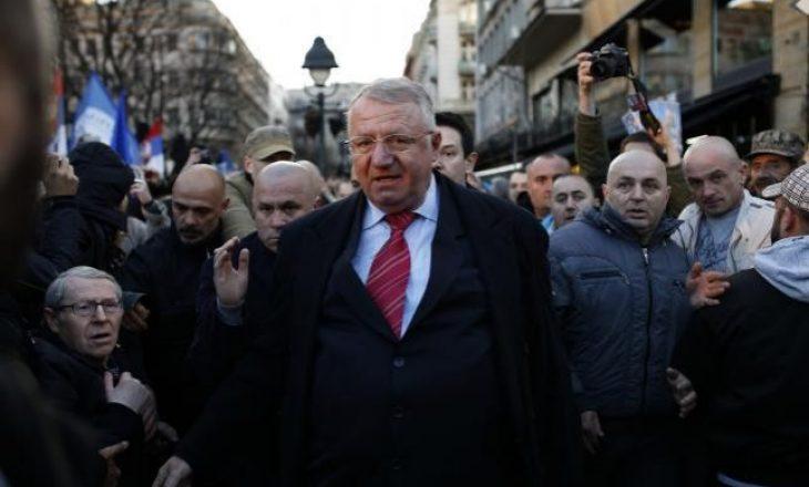 Kuvendi i Kosovës dënon djegien e flamurit kroat nga Vojsllav Sheshel