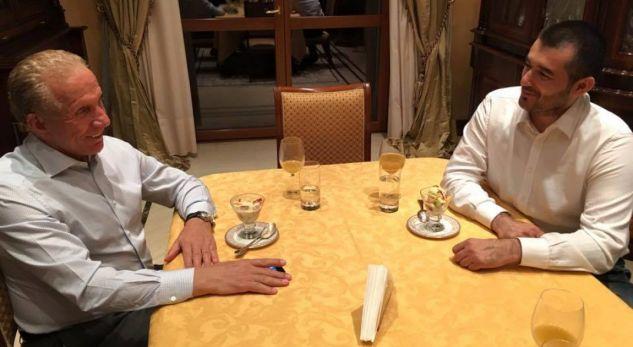 """""""Oferta interne"""" e PDK-së, e refuzuar nga AKR-ja në Ferizaj"""