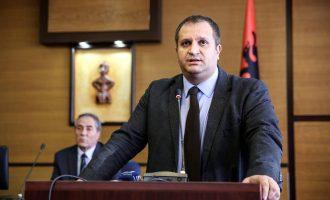 Ahmeti: Thaçi përdor Serbinë që të mos akuzohet nga Gjykata Speciale