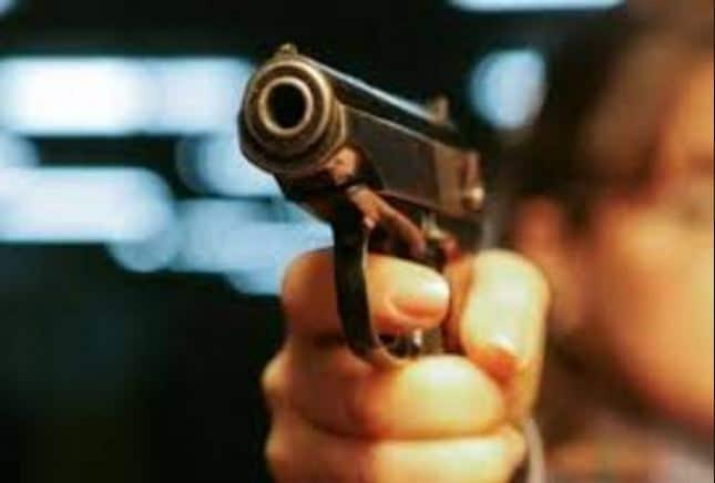 Plagosje me armë zjarri në Pejë