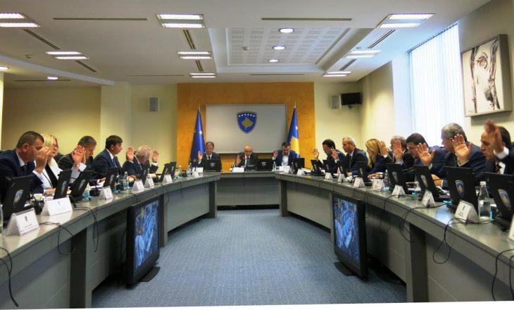 Partnerët e koalicionit përplasen për buxhetin