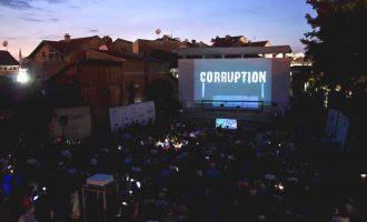 Në qytetin e Dosjeve të Korrupsionit