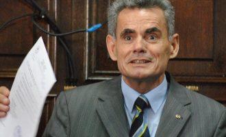 Mëditjet e majme të rektorit Dema nën hetim të Antikorrupsionit