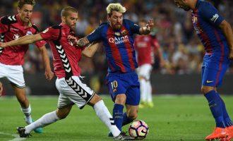 Alaves befason Barcelonën