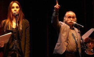 PJ Harvey dhe Prend Buzhala ndajnë skenën dhe poezitë për Kosovën