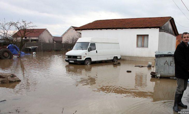 Vërshimet, pasojë e degradimit të lumenjve