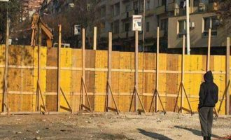 Tahiri: BE-ja tha se muri do të rrënohet, Rakiq: Muri nuk rrënohet