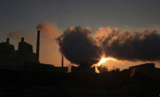 """Komisioni Evropian """"urdhëron"""" Kosovën ta ulë nivelin e ndotjes së ajrit"""