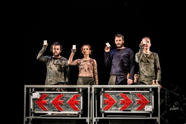 Komedia kosovare 'Një shfaqje teatri me 4 aktorë…' do të shfaqet në Zvicër
