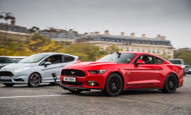 Mustang GT xhiro në rrugët e Parisit në nder të filmit të famshëm francez
