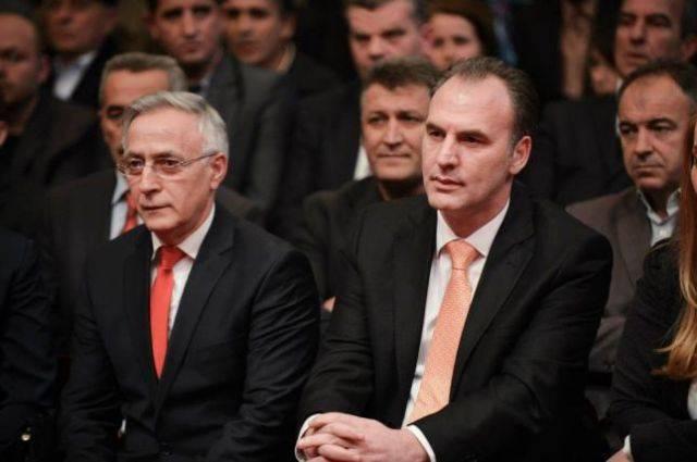 Jakup Krasniqi paralajmëron pasoja për zhvillimet e fundit në vend