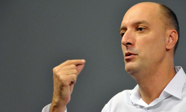 Ymeri: Arrestimi i deputetëve të VV-së u bë me urdhra politikë