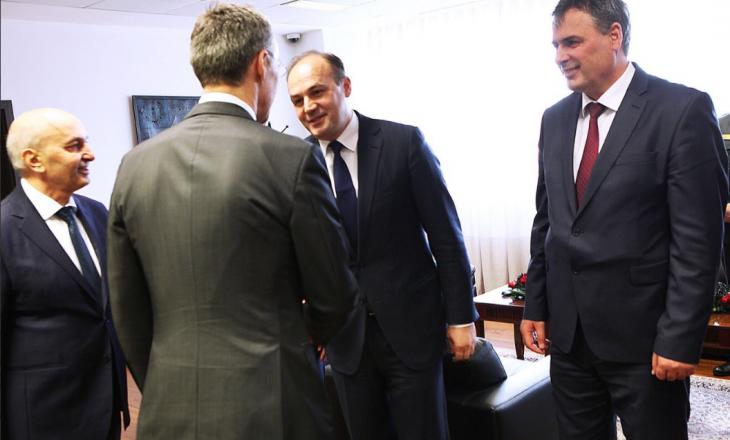 Hoxhaj: Kosova po lëvizë drejt një faze të re të marrëdhënieve me NATO-në