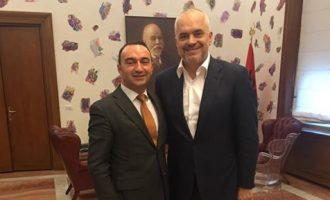 Dështoi të rizgjidhet drejtor i Doganave në Kosovë, Rama e merr si këshilltar për reforma në Shqipëri