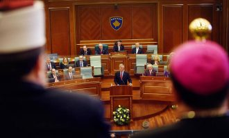 Vetëvendosje: Bojkotuam seancën e Pavarësisë se nuk duam t'i dëgjojmë gënjeshtrat e Thaçit