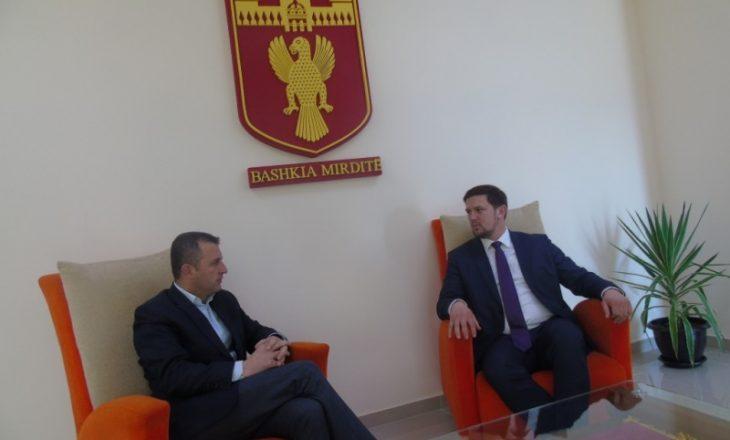 Zëvendësministri i Kosovës i jep lajm të madh Shqipërisë: Premton investime nga Kroacia në Mirditë