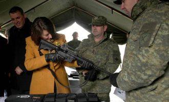 Jahjaga: Ushtria nuk bëhet pa Amerikën