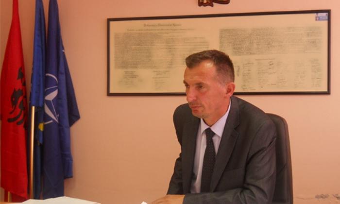 Rasim Selmanaj e akuzon Qeverinë Kurti për rrugën Deçan-Plavë: Kjo qeveri i hoqi mjetet për këtë projekt
