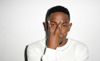 """Kendrick Lamar merr """"kritikën më të mirë"""" për albumin e ri"""