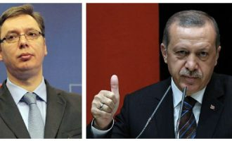 Vuçiq fajëson Turqinë për koordinim të shqiptarëve për bashkim