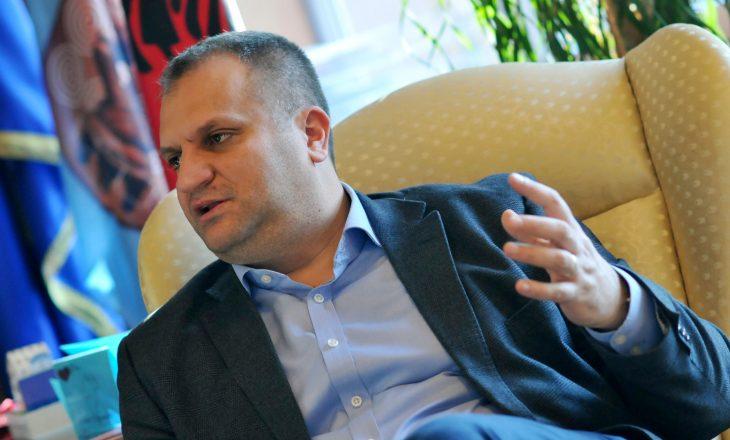 Shpend Ahmeti i përgjigjet BE-së: Ju nuk e përcaktoni kush e përfaqëson Kosovën në dialog