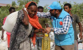 Turqia u jep ushqim 1,500 familjeve në Etiopi për nder të Ramazanit