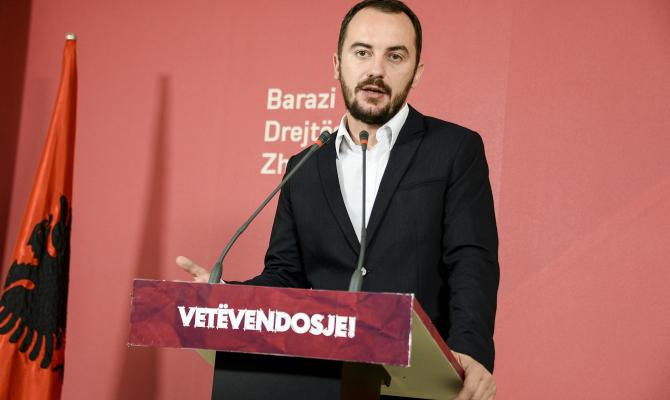 Molliqaj: Për UÇK-në s'kanë të drejtë të flasin komandantët e koalicionit të krimit