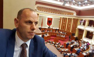 Si e zbuloi Ramiz Lladrovci skandalin në kampionatin shqiptar