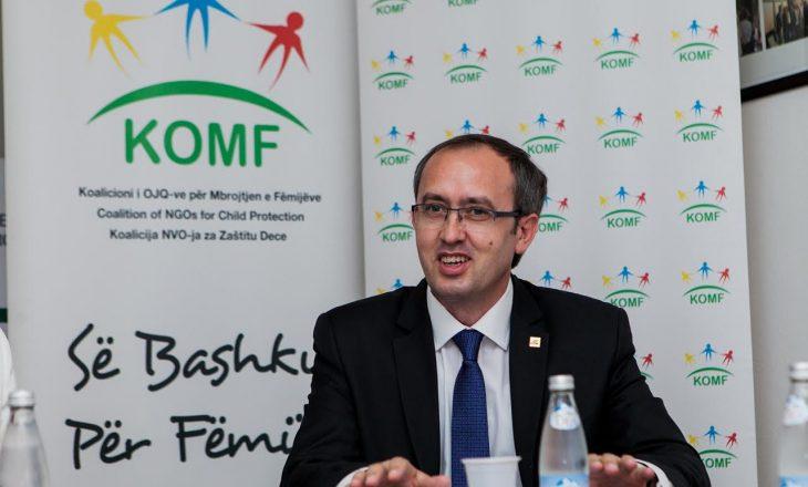 Hoti nënshkruan Deklaratën për vendosjen e fëmijëve në qendër të agjendës qeveritare