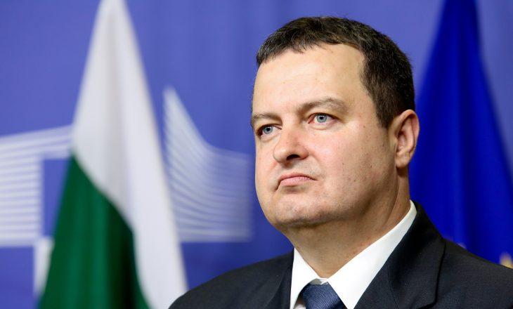 """""""Serbia kurrë nuk do të dorëzohet në çështjen e Kosovës"""""""