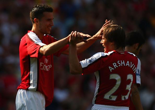 Van Persie dëshironte të kthehej në Arsenal