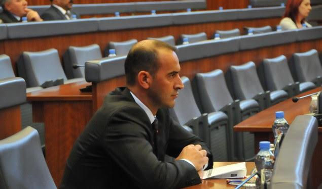 Daut Haradinaj kërkon komision hetimor për skandalin e mishit të prishur