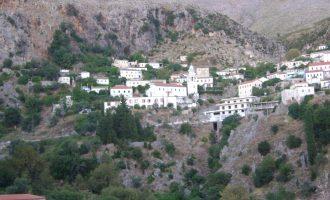 Prishja e dy shtëpive në Dhërmi acaron raportet mes Shqipërisë dhe Greqisë