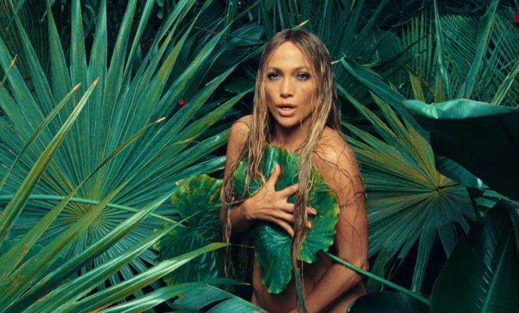 Jennifer Lopez nuk le shumë vend për imagjinatë në fotosesionin e ri