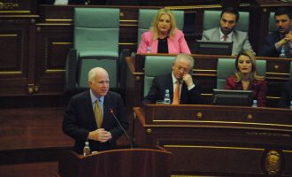 Tumori që mund t'ia marrë jetën senatorit McCain