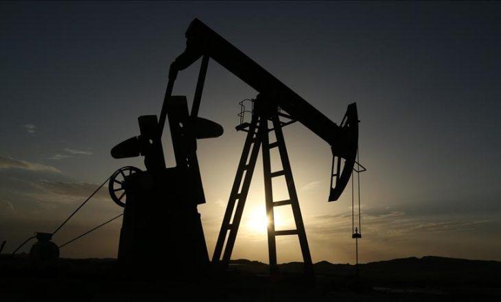 Rënie rekorde e çmimit të naftës