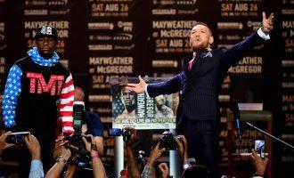 """David Haye thotë se Mayweather po """"rrezikon gjithçka"""" ndaj McGregor"""