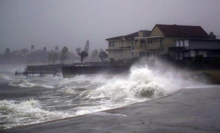 """Uragani """"Harvey"""", shkon në 30 numri i viktimave"""