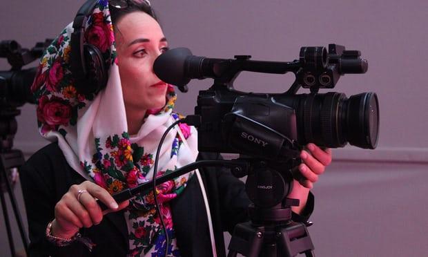 Televizioni i parë në Afganistan që punëson vetëm gra
