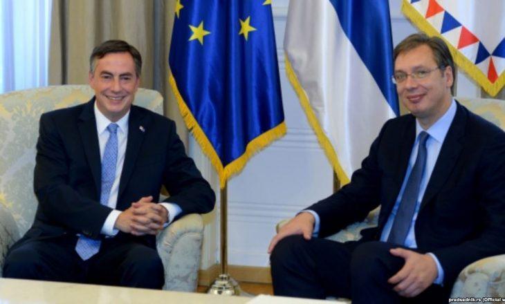Vuçiq e informoi raportuesin e PE-së për dialogun e brendshëm për Kosovën