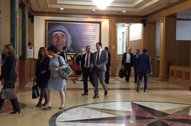 Deputetët e Vetëvendosjes drejt Kuvendit
