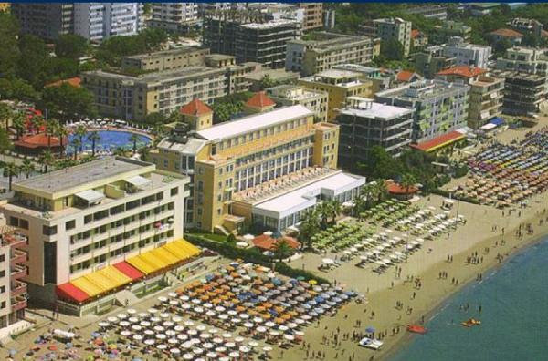 Hotelet me 5 yje në Shqipëri 10 vjet pa taksa