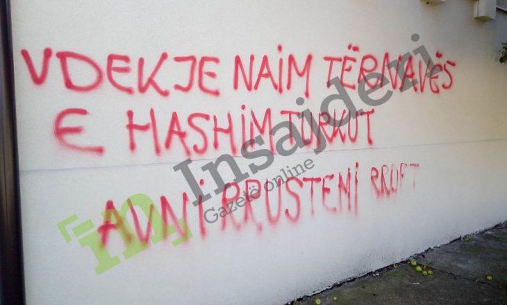 KMLDNJ reagon për grafitet kërcënuese