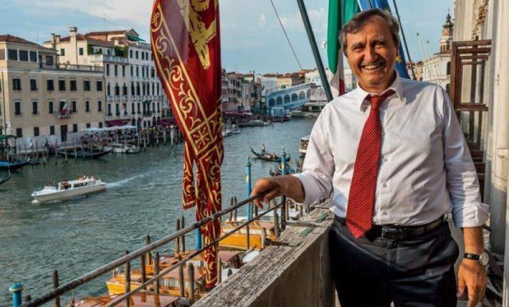 """Kryetari i Venecias paralajmëron se kush thërret """"Allahu Ekber"""" do të vritet"""