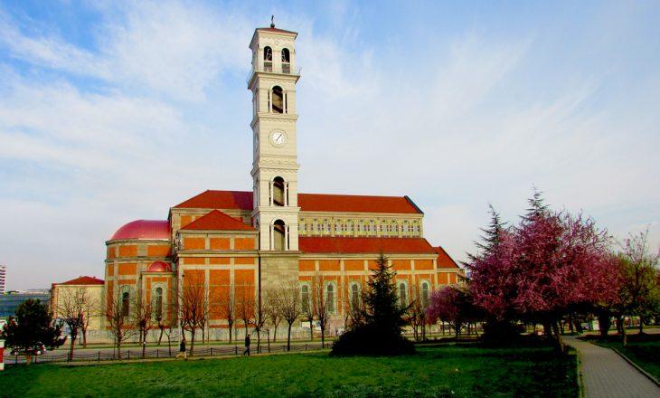 Katedralja e ndërtuar edhe me fonde të myslimanëve